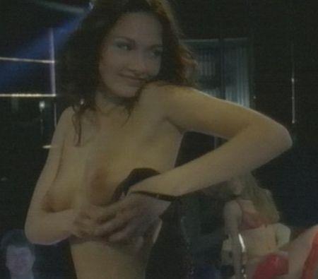 anna-tsukanova-aktrisa-golaya