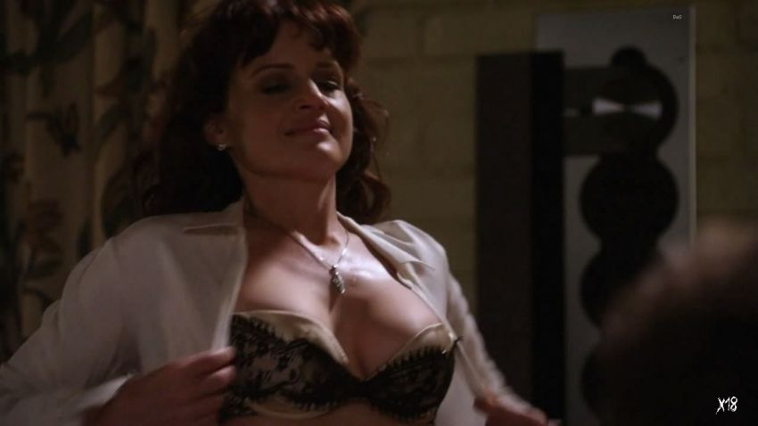 Has carla gugino ever been nude