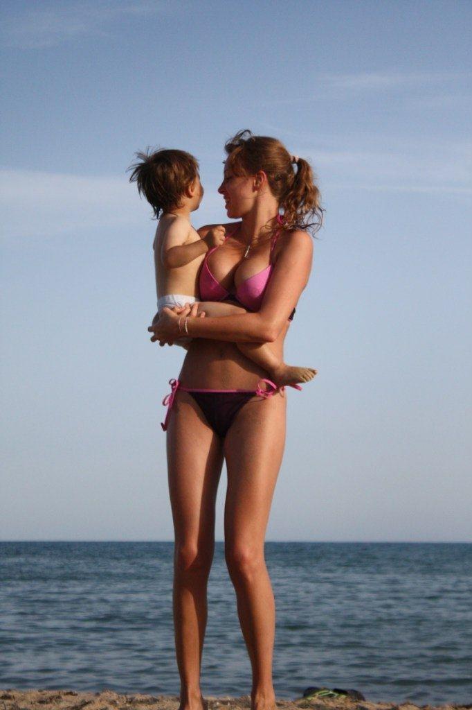 foto-polina-nagradova-golaya-topless