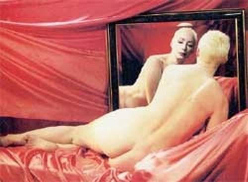 служит васильева порно раздевается в кино и в спектакле анди