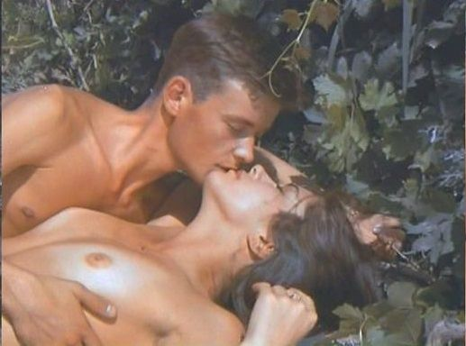 Интимная Сцена С Дарьей Поверенновой – Лето Любви (1994)